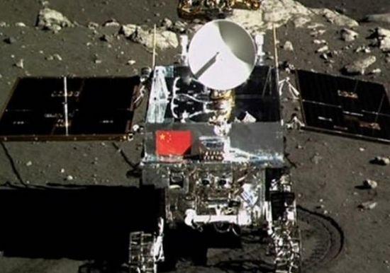 玉兔月球移动画面曝光 走15米找休眠点